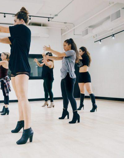 dance-studio-dance-rehearsal