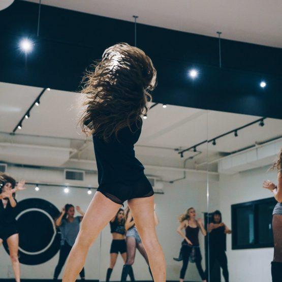 dancer-tossing-hair